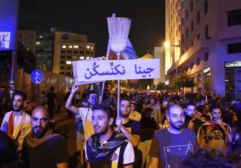 ادامه اعتراضات لبنانی ها پس از تصویب طرح اصلاحات حریری، بیانیه حزب الله درباره تردد موتورسواران در مرکز بیروت