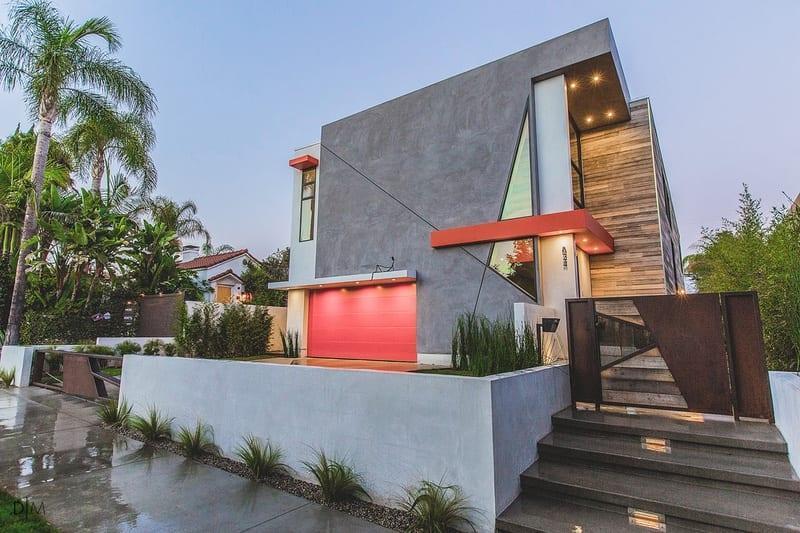 خانه ای در هالیوود با نمایی غیرمعمول و بدون قاعده