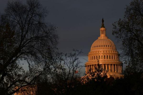 کنگره آمریکا در کوشش برای تصویب لایحه آموزش هولوکاست در مدارس است