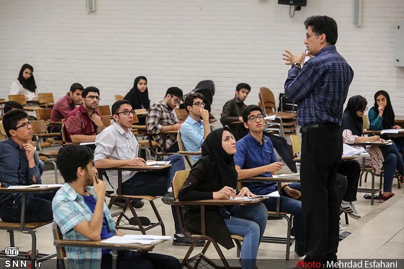 رشد کمی تحصیلات تکمیلی موجب نقصان در آموزش فارغ التحصیلان می گردد