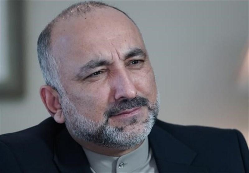 تلاش برای تکمیل کابینه اشرف غنی؛ اتمر نامزد وزارت خارجه افغانستان شد