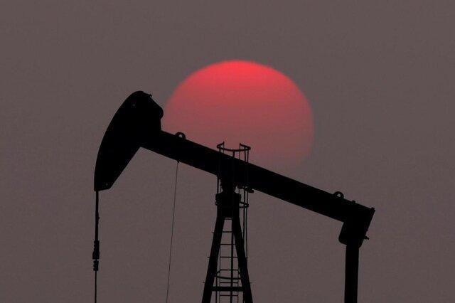 کاهش پرشتاب تولید نفت در آمریکا