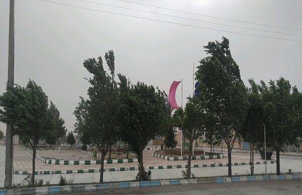 خبرنگاران باد شدید بعضی مناطق کردستان را فرا می گیرد