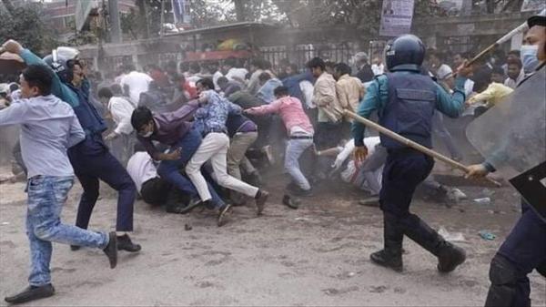 پلیس بنگلادش ده ها تن از فعالان اپوزیسیون را بازداشت کرد
