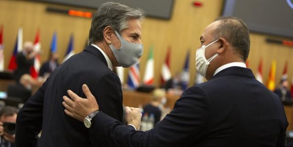 تماس تلفنی وزرای خارجه ترکیه و آمریکا درباره فرایند صلح افغانستان