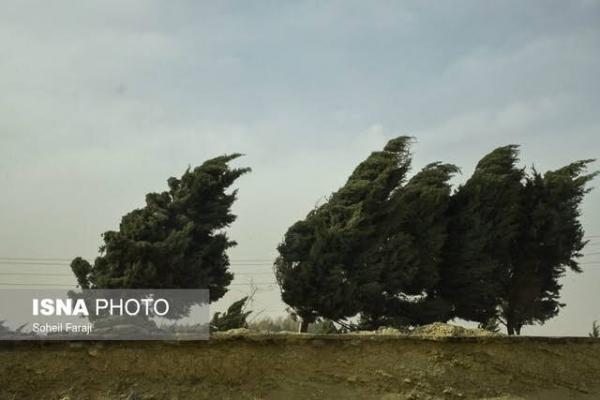پیش بینی افزایش موقت سرعت باد در همدان