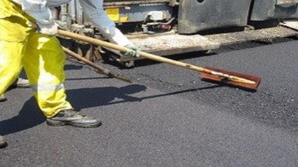 اجرای عملیات آسفالت ریزی مجموعه تعمیرگاهی سیمین دشت